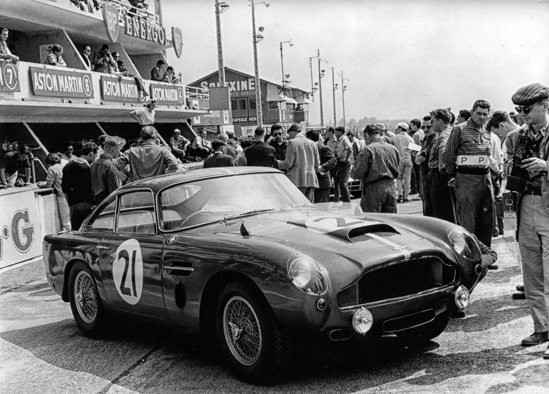 Aston_Martin_DB4GT_188_3
