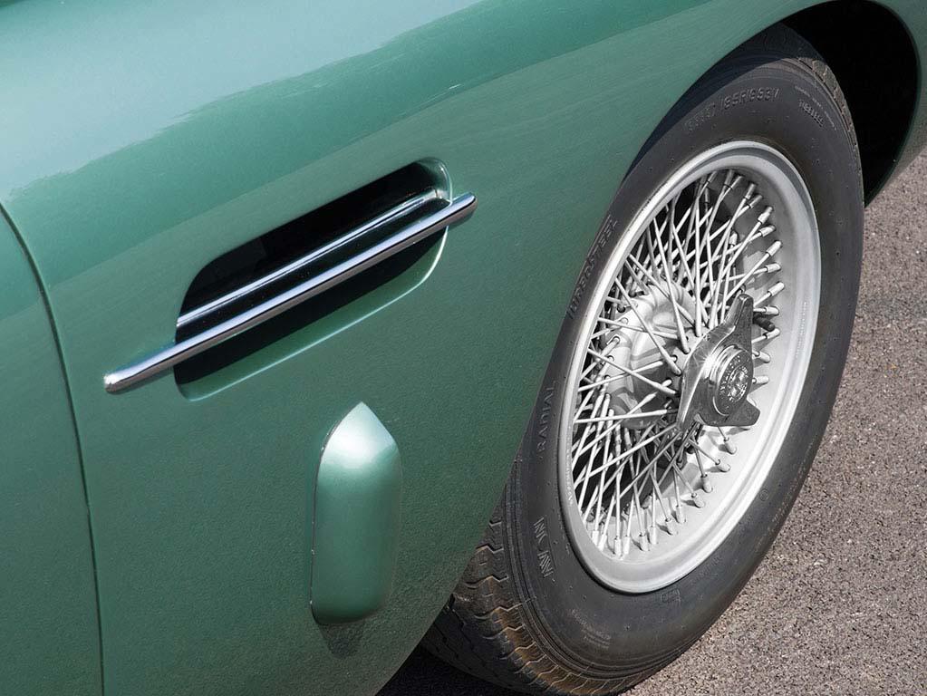 Aston_Martin_DB4GT_188_8