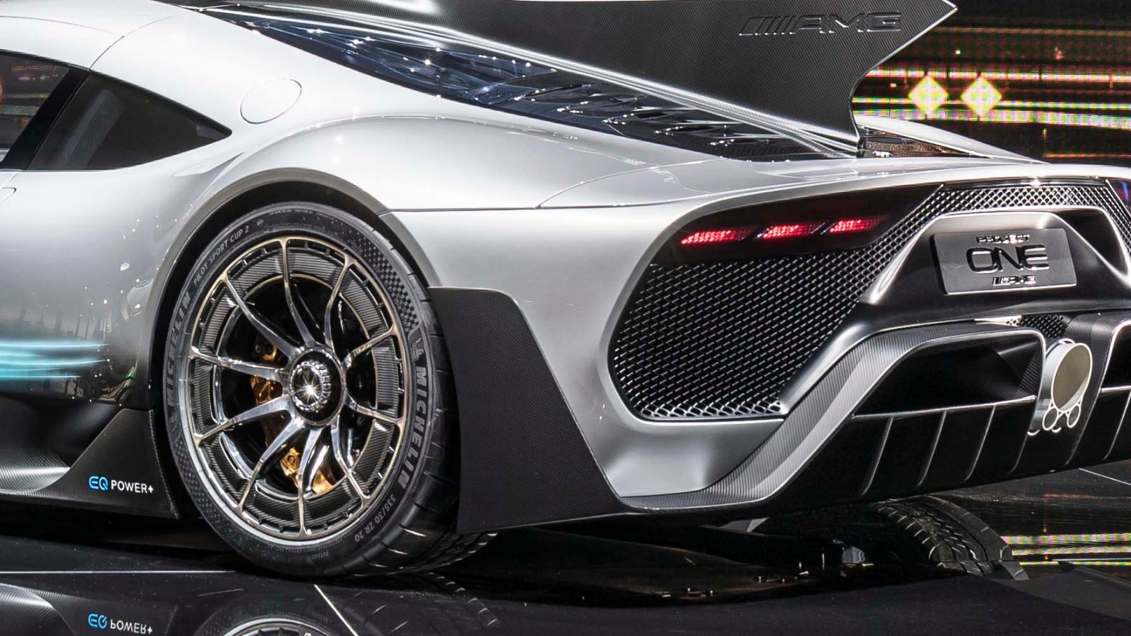 Advance mercedes benz amg project one movecto for Mercedes benz amg project one