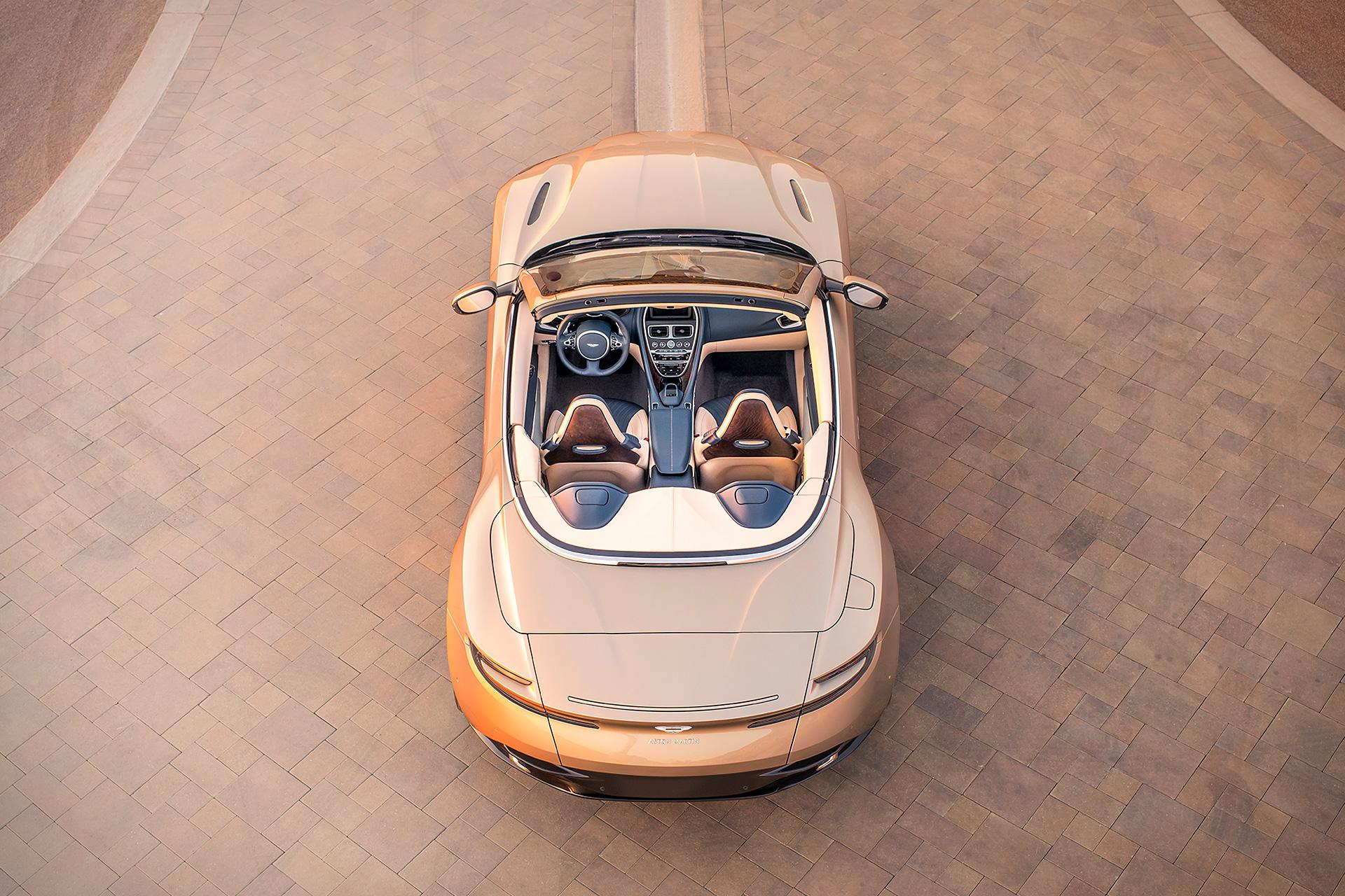 Aston_Martin_DB11_Volante-2019-above