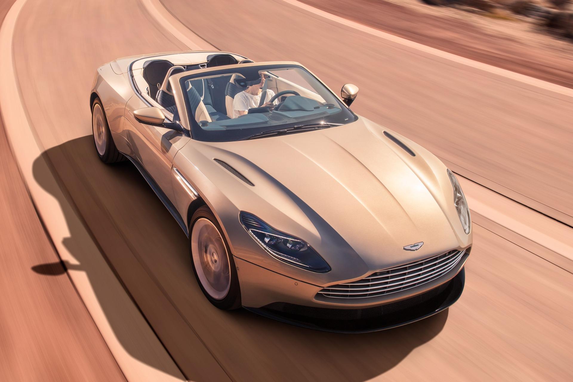 Aston_Martin_DB11_Volante-2019-cover