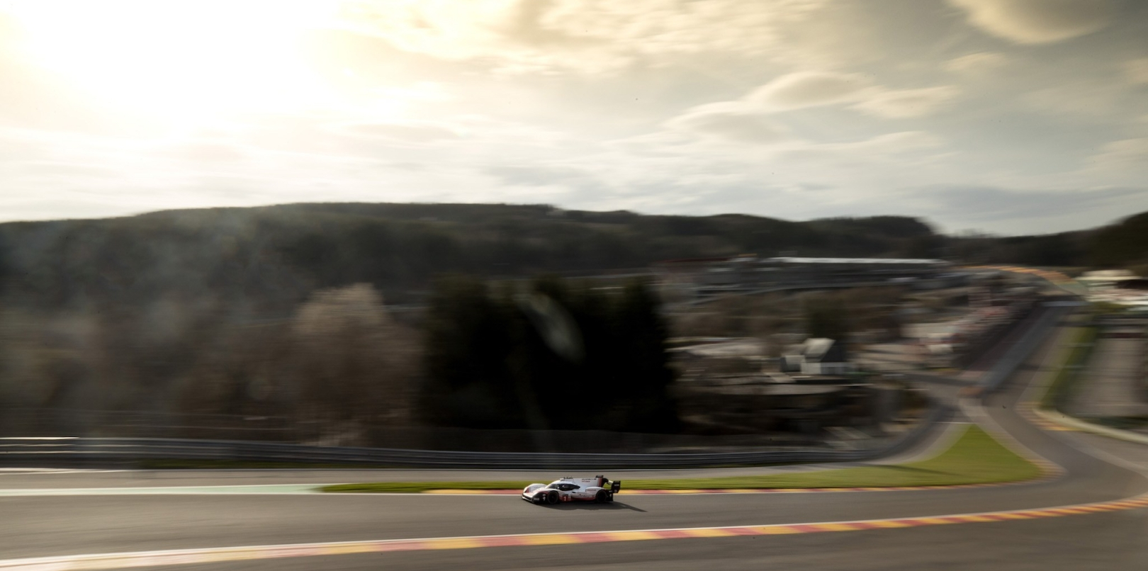 The 919 Evo at speed.